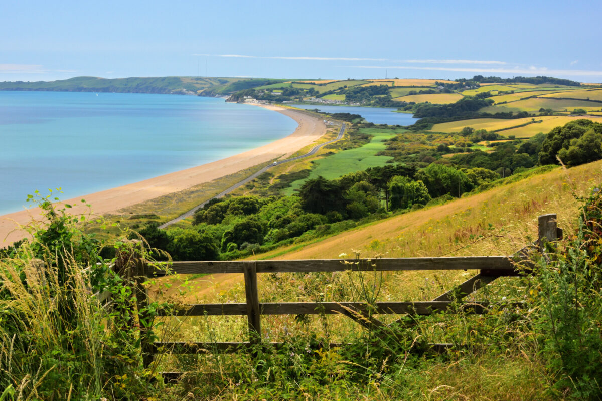 Slapton Sands and Slapton Ley Nature Reserve in South Devon - plays to stay in Devon